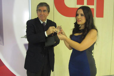 Debora Carvalho presented with her award
